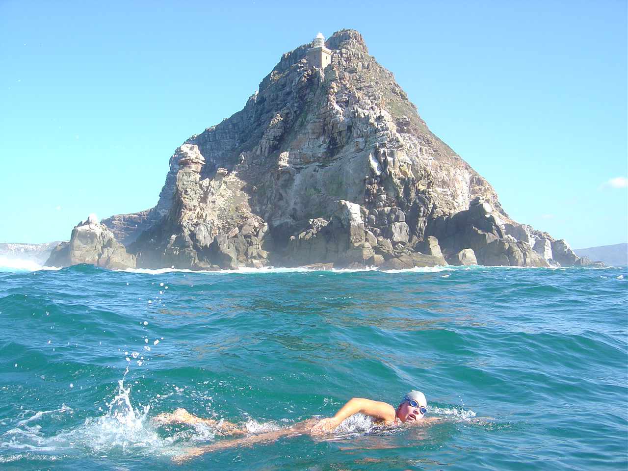 Carina rounds Cape Point in 2004, becoming the first South African to do so
