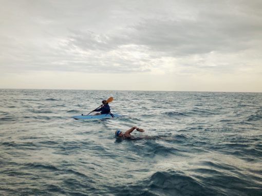 Carina swims from Tabarca to Alicante 18km